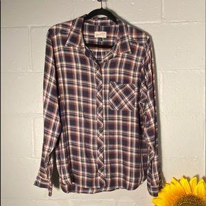 Universal Threads XL Plaid Button Down Shirt